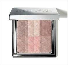 This all-over powder instantly illuminates and gives skin a healthy-looking glow. It's infused with a skin brightening blend of Mulberry, Grape and Scutellaria. Bobbi Brown Brightening Finishing Powder in Nudes Beauty Make-up, Beauty Hacks, Hair Beauty, Beauty Tips, Beauty Bar, Beauty Ideas, Beauty Essentials, Bobbi Brown, Rimmel