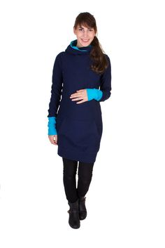 Viva la Mama | Nursing dress / maternity dress / OSLO // navy and turquoise / long-sleeved / hood. A comfortable and sporty dress for pregnancy, maternity, breastfeeding & everyday use.