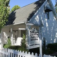 Our small  B & B (Bed & Biscotti) in the Heart of Jacksonville, OR.