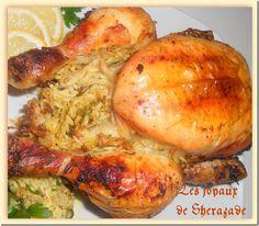 Poulet farci  Une excellente façon de préparer un poulet rôti. Le poulet estfarci au riz subtilement parfumé aux épices. L'ajout du citron confit est un