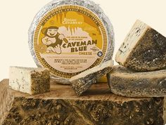Caveman Blue Cheese by Rogue Creamery with Meiomi Pinot Noir
