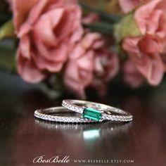 1.05 ct.tw Bridal Set Ring-Emerald Baguette Cut Center by Besbelle