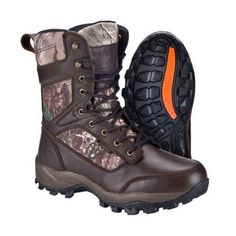 Huntshield's Renegade provides ample insulation and support for hunters who enjoy stalking in colder weather, with of Thinsulate insulation, EVA midsole and high traction outsole. Bow Hunting Deer, Quail Hunting, Big Game Hunting, Hunting Boots, Dog Table, Dog Clippers, Sport Pants, Types Of Food, Dog Owners