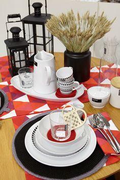 #kodin1 #anno #joulu #kattaus #astiat #ruokailutila Table Settings, Place Settings