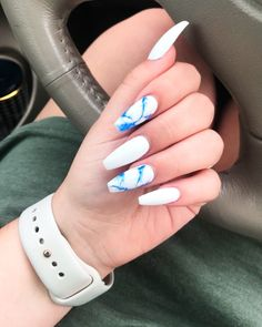 Amazing blue marble coffin nails with white coffin nails! Take an idea about what are coffin nails and how to make coffin nails? Also, here are lots of cute coffin nail designs for the best nail colors trends. White Coffin Nails, Blue Acrylic Nails, Summer Acrylic Nails, Marble Nails, Marble Nail Designs, Nail Art Designs, Nail Art Blanc, Nails Yellow, Blue And White Nails