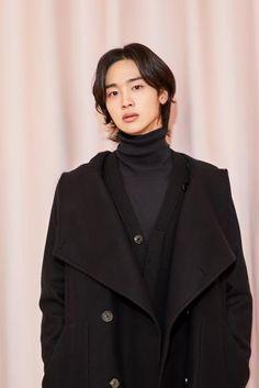 In love with movies, books, series and kdramas🖤. Korean Boys Hot, Korean Star, Cute Asian Guys, Cute Guys, Asian Actors, Korean Actors, Park Bogum, Kim Jisoo, Kdrama Actors