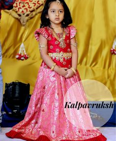 Super ideas party clothes for women girls Kids Indian Wear, Kids Ethnic Wear, Kids Frocks Design, Baby Frocks Designs, Kids Lehanga Design, Kids Dress Wear, Kids Gown, Frocks For Girls, Dresses Kids Girl