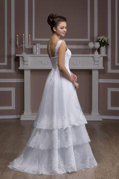 Hochzeitskleid Fröndenberg - Model Anjelina  www.lavie-brautmode.de