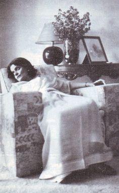 HH the Maharani Sahiba Indira Raje of Cooch Behar. She was betrothed at a young… Royal Pic, Royal Style, Jaipur, Old Photos, Vintage Photos, Maharani Gayatri Devi, Indian Culture And Tradition, Indian Goddess, Vintage India