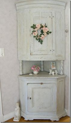 Corner China Cabinet , Dining room. White, Grey, Black, Chippy, Shabby Chic, Whitewashed, Cottage, French Country, Rustic, Swedish decor Idea. ***Pinned by oldattic ***
