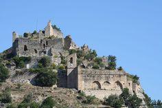 Entrechaux : ruines du château