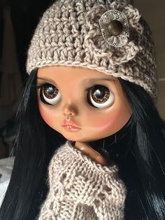 Blythe doll dark skin Cute Cartoon Girl, Cartoon Girl Drawing, Doll Tattoo, Beautiful Eyelashes, Cute Baby Dolls, Kawaii Doll, Barbie, Black Women Art, Little Doll