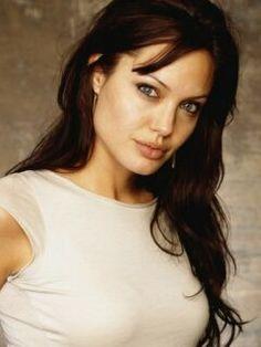 Angelina Julie