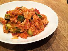 Glücksstücke: Montagsquickie: Mediterrane Hähnchenpfanne mit Schafskäse, Zucchini und Paprika