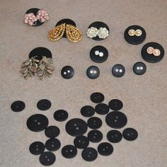 Buttons for earring organization