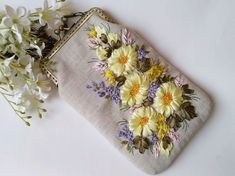 Embroidery Purse, Crewel Embroidery, Coin Purse, Purses, Wallet, Stitches, Ribbons, Coin Purses, Totes