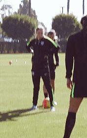 Tobin Heath nutmegging people before training sessions