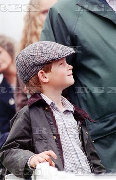 July Prince Harry watching his father's polo match at Cirencester. Prince Harry Of Wales, Prince William And Harry, Prince Harry And Megan, Prince Henry, Harry And Meghan, Prince Charles, Prinz Harry, Polo Match, Royal Crowns