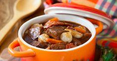 Recette de Boeuf bourguignon traditionnel. Facile et rapide à réaliser, goûteuse et diététique. Ingrédients, préparation et recettes associées.