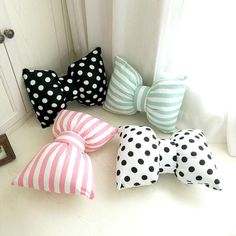 Pretty Bows Decorative Pillow Collection is part of Sewing pillows - Cushion Bow Pillows, Cute Pillows, Sewing Pillows, Kids Pillows, Decor Pillows, Burlap Pillows, Home Crafts, Diy Home Decor, Room Decor