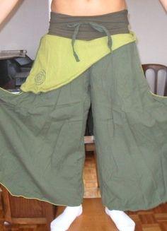 À vendre sur #vintedfrance ! http://www.vinted.fr/mode-femmes/pantalons-larges/28207004-large-pantalon-tons-verts