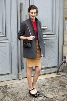 Nine d'Urso. red lace top, pencil skirt #office #BellesDeJour #netaporter