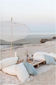Let's hit the sand and have a fabulous beach picnic! Pack a Picnic Basket with some yummy bites and a bottle of Wine, and grab a Blanket. Outdoor Spaces, Outdoor Living, Outdoor Sheds, Playa Beach, Am Meer, Beach Party, Beach Dinner, Beach Lunch, Coastal Living