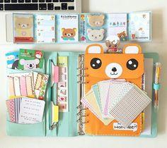Agenda filofax issu d'Instagram ♡-I see Pedo bears cousin, but i love the stickers