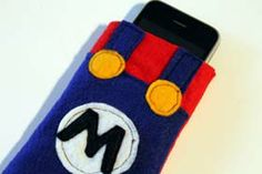 Super Mario iPhone Cozy Tutorial - DIY Craft Project Instructions