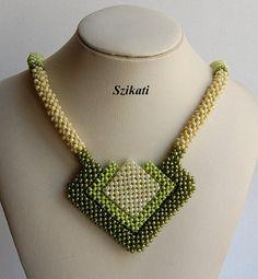 Verde seme tallone collana collana di perline di di Szikati