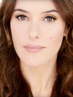 Lisa+Eldridge's+Universally+Flattering+Makeup+Look+via+@ByrdieBeauty