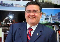 Roberto Rocha é anunciado como candidato à vice na chapa de Edivaldo Holanda Jr.