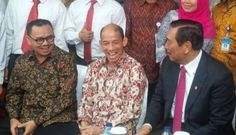 Di Hari Pertambangan dan Energi ini, Sudirman memberikan pesan khusus kepada Presiden Joko Widodo (Jokowi). Sudirman berpendapat, Menteri ESDM baru harus memiliki integritas tinggi mengingat amat p…