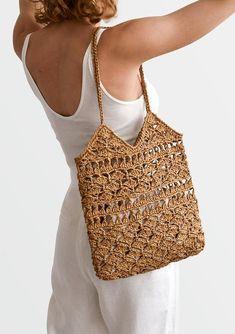 Crochet Raffia Tote Bag in Tan, Summer Tote Bag, Straw Mesh Bag, Handcrafted Tote, Crochet Handbag — Anemone Tote - MacrameIdeas Hand Crochet, Crochet Stitches, Summer Tote Bags, Crochet Shoulder Bags, Diy Crafts Crochet, Macrame Bag, Crochet Handbags, Crochet Bags, Knitted Bags
