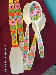 Spoon Art, Ceramic Flowers, Tole Painting, Diy Arts And Crafts, Kitchen Art, Wooden Handles, House Colors, Folk Art, Decoupage
