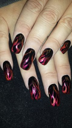 Flame nail art 2019 with different style Flame nail art 2019 with different style Goth Nails, Sexy Nails, Fancy Nails, Pretty Nails, Fingernail Designs, Nail Polish Designs, Nail Art Designs, Flame Nail Art, Nagellack Design