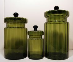 Mal these are cute for canisters...Vintage/Retro art glass canister set...