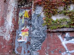 Wheat pasted portrait, 2013, Brooklyn. Caledonia Curry / Swoon