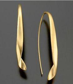 Modern drop earrings - gold #GoldEarrings #GoldJewelleryModern #GoldJewelleryDIY
