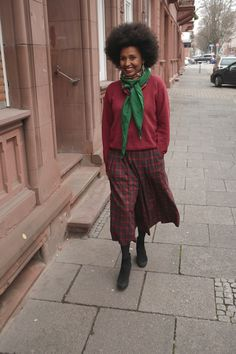 Ecofashion in season's colors. Guess that was right before christmas. Culotte, wool sweater and ankle boots.