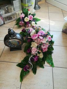 #kompozycjenagrobne#graveflowers#kwiatysztuczne #kwiatynagrób #wszystkichświetych #1listopada #cmentarz #grob #flowers Vence, Ikebana, Funeral, Floral Arrangements, Floral Wreath, Wreaths, Garden, Flowers, Decor