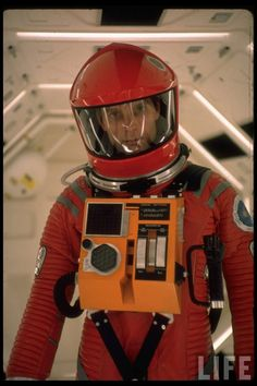 Actor Keir Dullea in space suit in scene from motion picture A Space Odyssey. (Photo by Dmitri Kessel/The LIFE Picture Collection/Getty Images) Tv Movie, Sci Fi Movies, Cult Movies, Stanley Kubrick, Keir Dullea, Gravure Illustration, Arte Sci Fi, 2001 A Space Odyssey, Non Plus Ultra