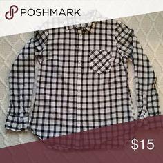 Merona black and white checkered button down Merona black and white checkered button down collared shirt with pocket. Minimal wear. Merona Tops Button Down Shirts