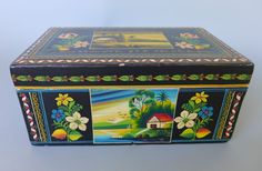 "Vintage Mexican Olinala Guerrero 1964 black lacquered wood box w/key  8 1/2"""
