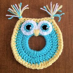 ASE Keepin' Creative: FREE PATTERN: Owl Camera Lens Buddy