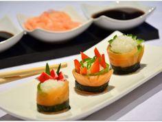 sushi-salmon-rolls-446957.jpg (460×345)