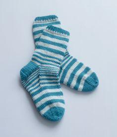 Free Knitting Pattern: Adult Striped House Socks