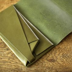 Shosa ORIGAMI leather long wallet {Basic} GREEN Beautiful Japanese wallet made from a sheet of high quality leather, folded like Origami and held together by one nut and bolt without any stitches.
