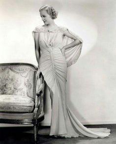 Gloria Stewart 1935