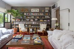 amazing bookcase from wall to wall